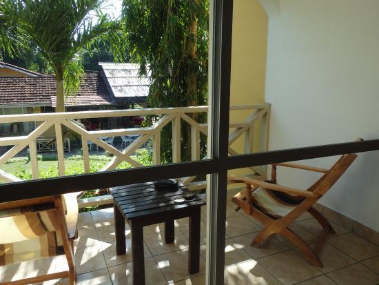 Coco d'Or Hotel & Restaurant: balcon vue sur restaurant