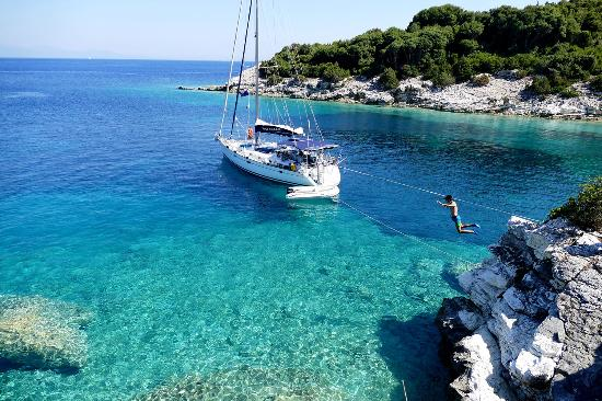 Sailing Yacht Dreamaker
