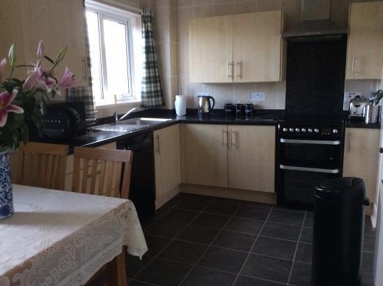 Fenton Hill Farm Cottages: Crab-Apple kitchen