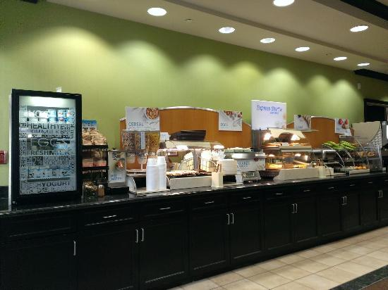 Holiday Inn Express Hotel & Suites Halifax Airport: Breakfast selection