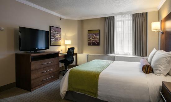 BEST WESTERN Ville-Marie Hotel: Queen room