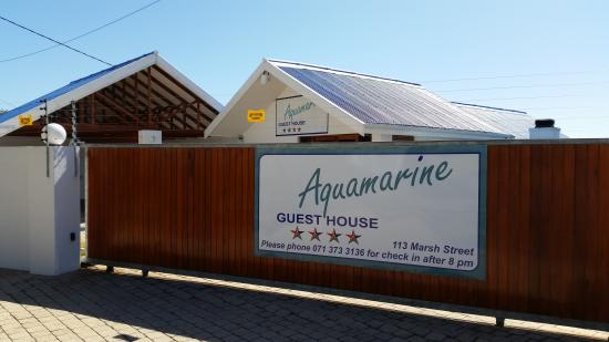 Aquamarine Guest House: Main Entrance