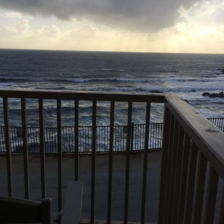 BEST WESTERN PLUS Shore Cliff Lodge: Sunset Balcony Views
