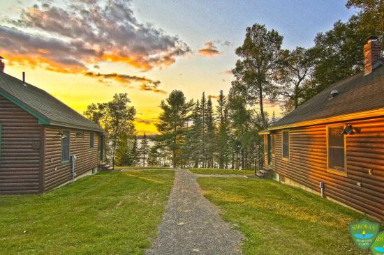 Niboban Sporting Camps: Sunset from the cabins