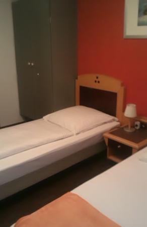 Hotel Zum Loewen: Vue de la Chambre N°3