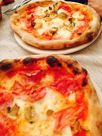 Pizzeria Trattoria Da Benito: Beste Pizza ever!! Freundliche Bedienung! einfach alles top!