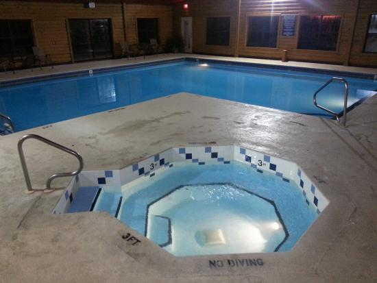 Horseshoe Bend, AR: Indoor Pool and Hot Tub