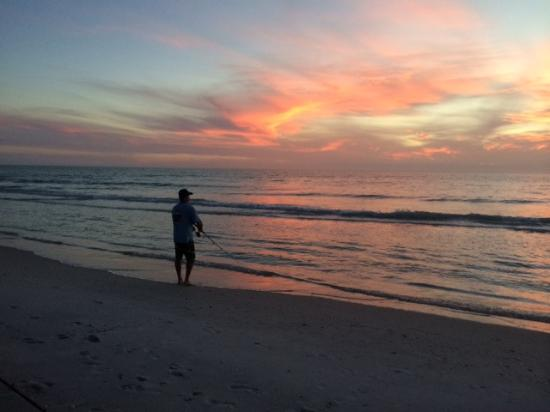 The Innlet on the Waterfront: us fishing Boca Grande beach
