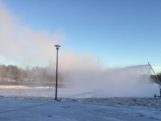 Juuka, Finland: Snowmaking in Nunnanlahti (January 2016)