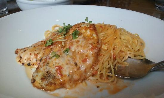 Independence, MO: Chicken Parmesan and salad with italian dressing