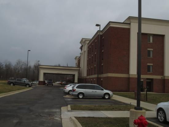 Hampton Inn Detroit / Utica - Shelby Township: Hotel front