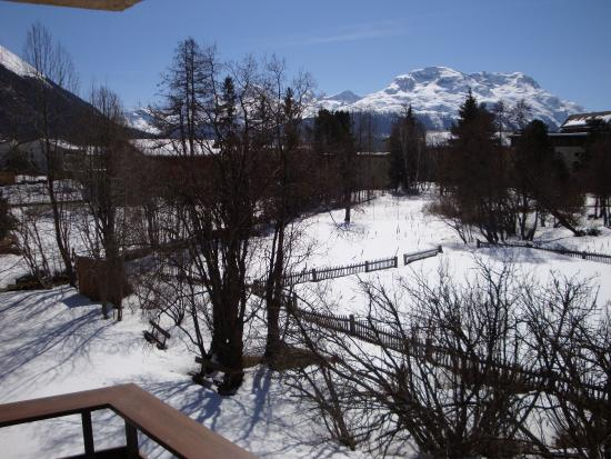 Alpenhotel Quadratscha: Balcony with superb view on the mountains