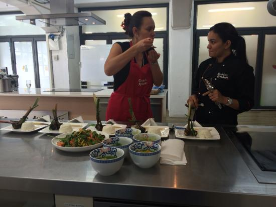 Sachie's Kitchen : photo1.jpg