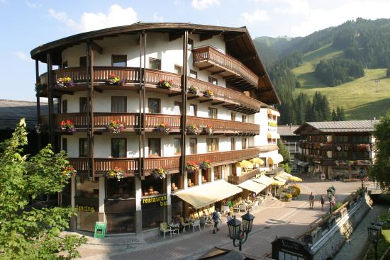 Photo of Berger's Sporthotel Saalbach