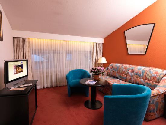 Berger's Sporthotel: Apartment Wohnzimmer