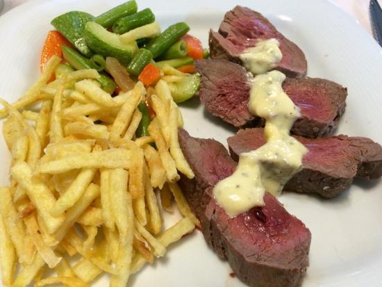Restaurante Chipi Chipi: Solomillo a la sal....