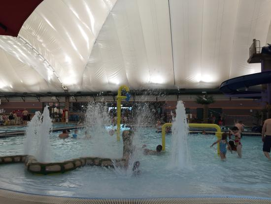 Sand hollow aquatic center st george all you need to for Affordable pools st george utah