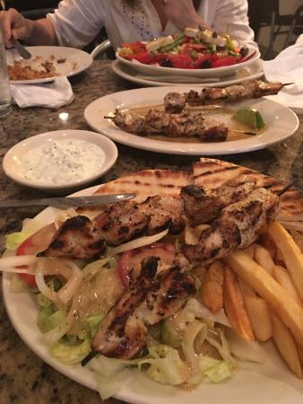 Mykonos Greek Restaurant : photo0.jpg
