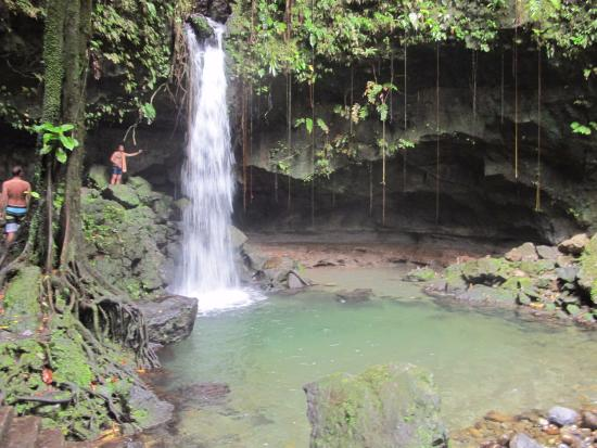 Calibishie, Dominica: Emerald Pool