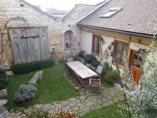 Chez Marie : Inner courtyard