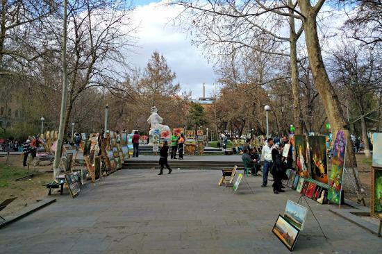 Painter's Vernissage in Martiros Saryan Park
