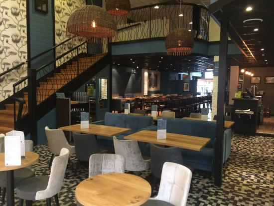 Le quartier des gourmets saint gregoire restaurant for Restaurant saint gregoire