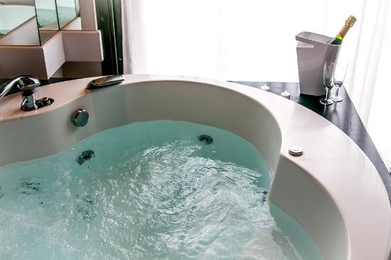 Hotel Acacias Suites  Spa Lloret De Mar Espagne  Voir Les