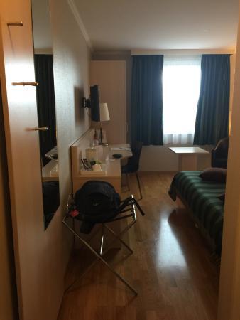 Chavannes-de-Bogis, Suiza: photo3.jpg