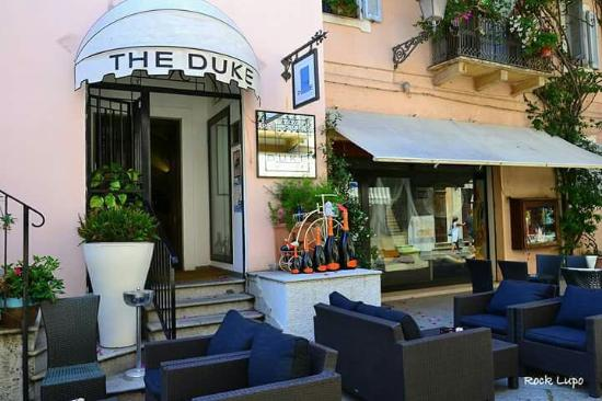 The Duke Cocktail Lounge Bar