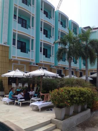 Wave Hotel Bild