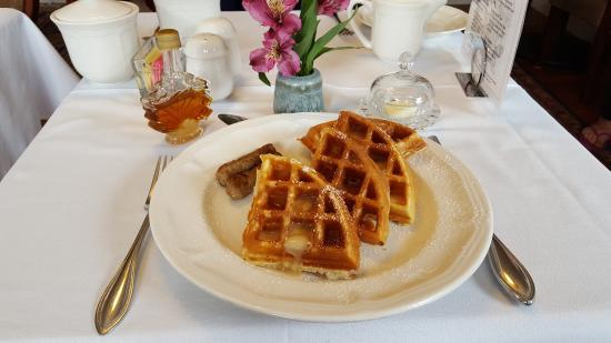 Ashland, NH: Pam's Home Made Belgian Waffles.