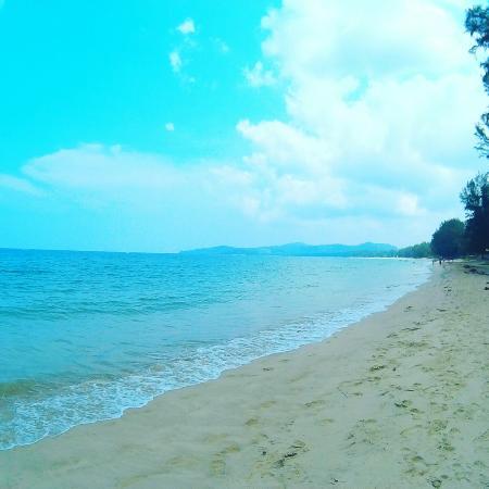 Amora Beach Resort: IMG_20160408_231842_large.jpg