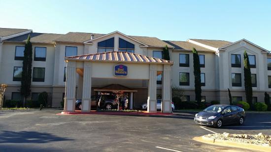 Best Western Mcdonough Inn & Suites : 20160409_074759_large.jpg