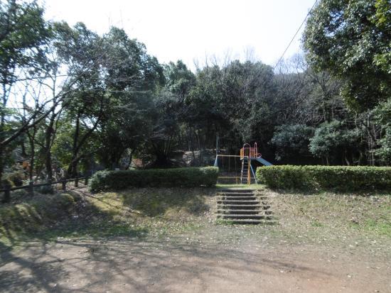 Uenogaoka Cemetery Park
