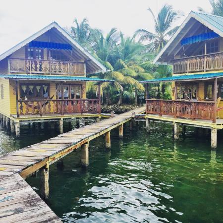 Koko Resort: Over water cabana - Dolphin room!
