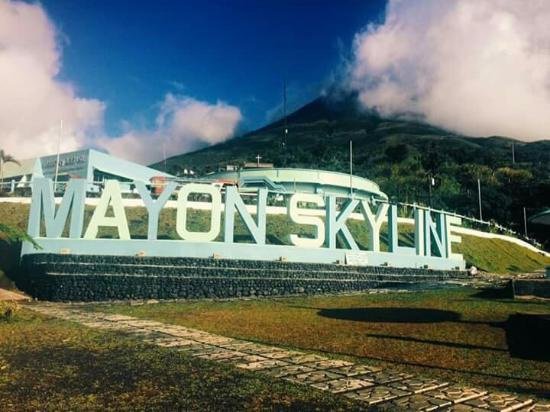 Tabaco City, Φιλιππίνες: Mayon Skyline View Deck