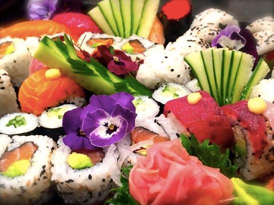 KIBOUsushi : Luxury Sushi Platter