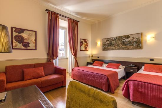 Photo of Hotel Everest Inn Rome