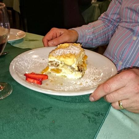 Valentino Ristorante & Pizzeria: Chefs Special Trifle