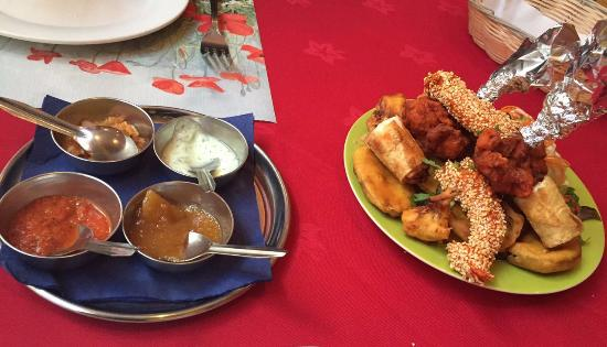 Restaurant Tibet: Assorted appetizers (for 2 ppl)