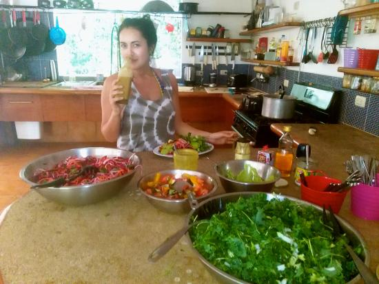 The Green Rooms: Salad lunch!