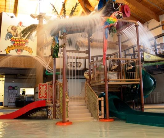 Surfari Joe's Indoor Wilderness Water Park