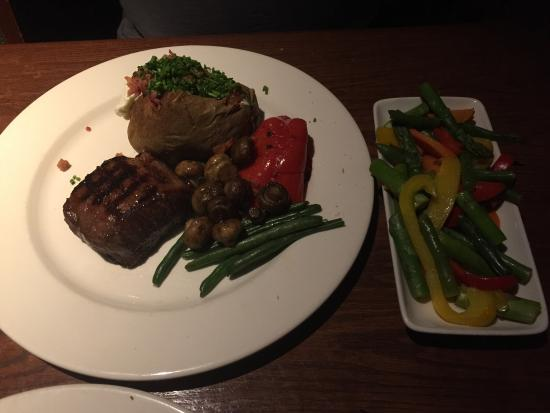 The Keg Steakhouse + Bar Saanich: photo1.jpg