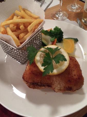 Cafe Restaurant de l'Ecluse : Cordon bleu taille XXL