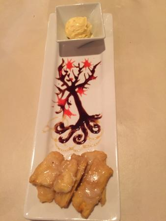 "Lime Leaf Thai Fusion: Fried Bananas with Ice Cream & a Chocolate syrup""Tree"" ….."