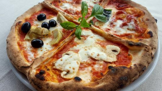 la pizza quattro stagioni si riferisce alle 4 stagioni dell 39 anno ovvero inverno primavera e. Black Bedroom Furniture Sets. Home Design Ideas
