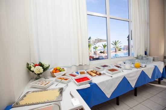 Hotel Akti Corali: breakfast