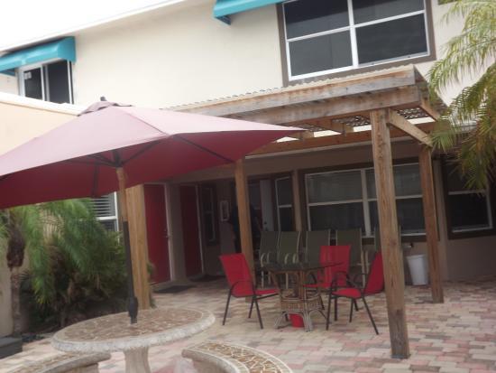 Sun Beach Inn Image