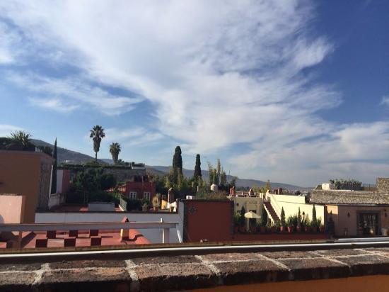 Belmond Casa de Sierra Nevada: vista del patio a la ciudad