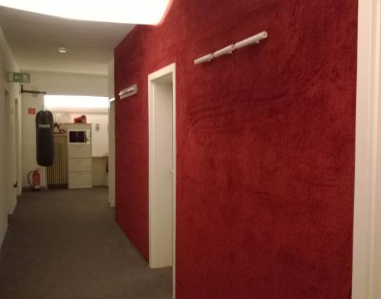 Max Hotel Garni Image